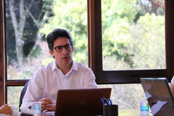 Governo do Paraná elabora decretos que criam procedimentos para projetos de parcerias