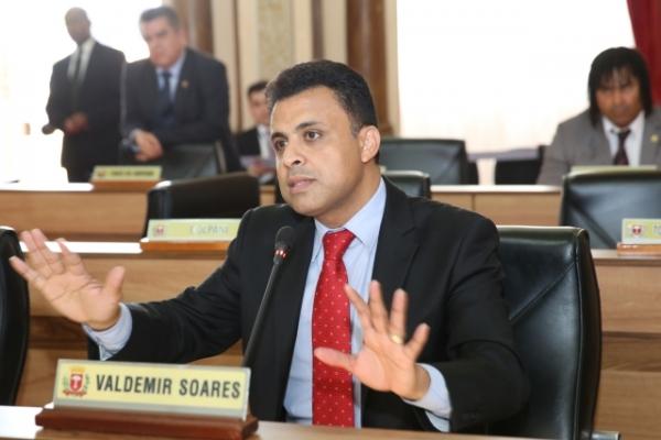 Valdemir Soares defende abono de faltas prometido pelo Executivo