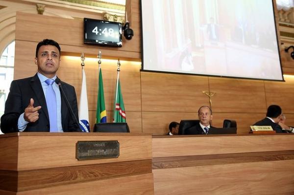 Valdemir Soares quer aumentar policiamento no centro de Curitiba