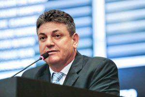 Tirar a saúde de Mato Grosso da UTI é a principal bandeira de Valmir Moretto