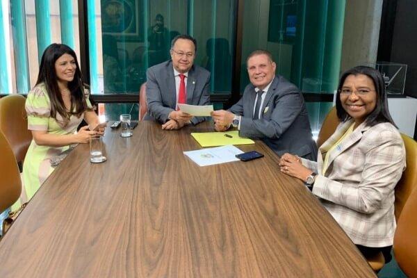 Em Brasília, Vanderly Mello trata da partilha dos royalties do petróleo