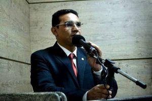 Vereador Carlos Santos comemora solicitações da Alepe para Caruaru