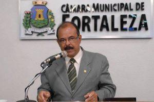 Gelson Ferraz defende instalação de câmeras de monitoramento em creches de Fortaleza