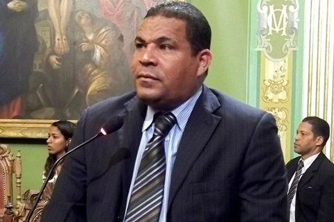 vereador-saba-do-prb-quer-que-portadores-de-doencas-renais-tenham-direito-a-transporte-gratuito-29-05-2012