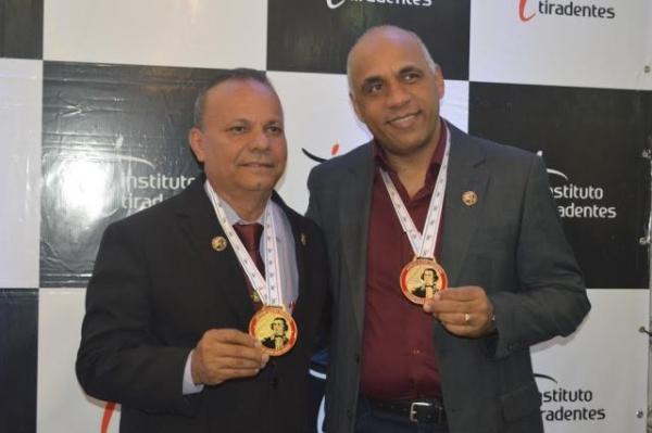 Rogério Cruz e Emílio Alves estão entre os vereadores mais atuantes de Goiás