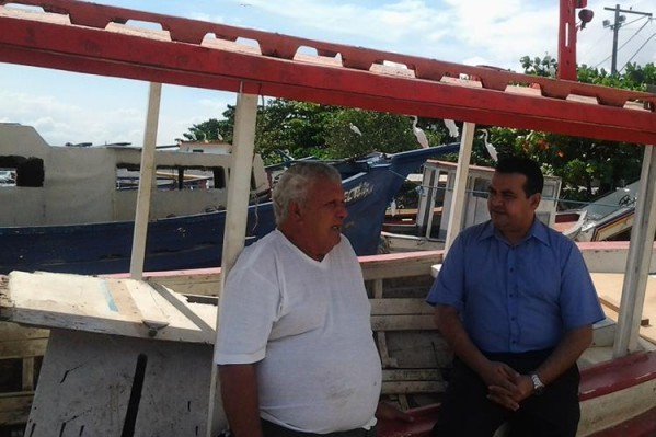 Vicenildo Medeiros visita ilhas e planeja ações para beneficiar pescadores