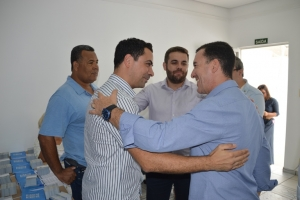 Vinicius Carvalho reúne lideranças políticas na inauguração de seu escritório político em Marília