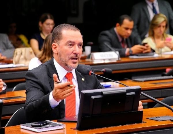 Vinicius Carvalho quer garantir direitos dos consumidores no Marco Civil da Internet