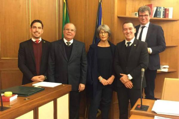 Vinicius Carvalho vai à Itália e França conhecer processos de unificação de polícias
