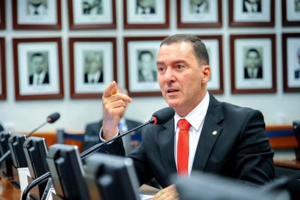 Vinicius Carvalho propõe cota social em faculdades e concursos públicos
