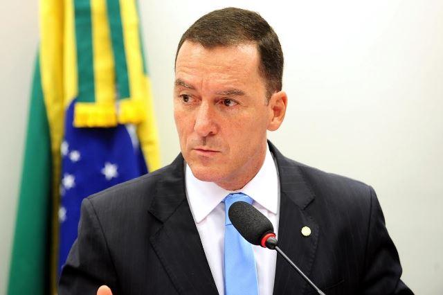 vinicius-carvalho-prb-quer-beneficiar-municipios-que-possuem-territorio-de-conservacao-ambiental-foto-roberto-ribeiro-25-11-15