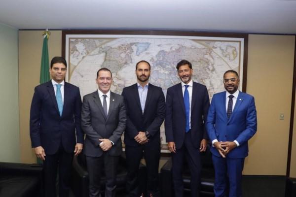 Vinicius Carvalho reinstala Grupo Parlamentar de Amizade Brasil - Reino Unido