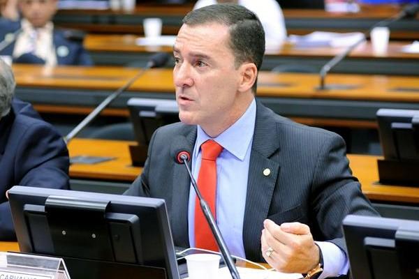 Vinicius Carvalho debate proposta de unificação das polícias em audiência pública