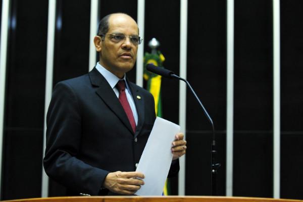 Vitor Paulo deixa a presidência nacional do PRB após seis anos