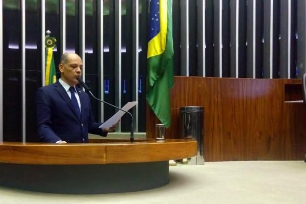 Vitor Paulo defende valorização da família