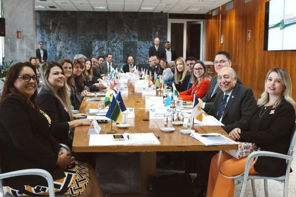 Vitor Paulo debate reforma da Previdência com gestores estaduais no DF