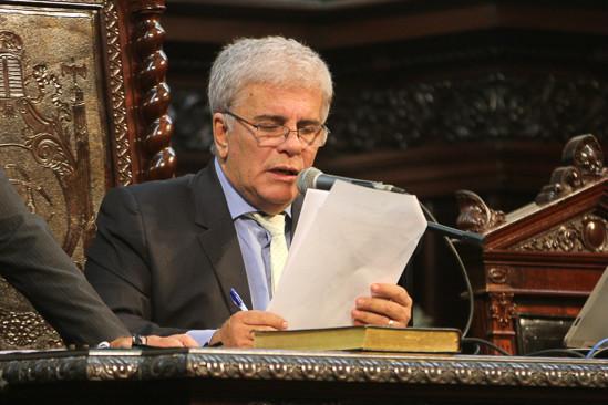 Wagner Montes declara ser contra pacote de austeridade do Governo do RJ