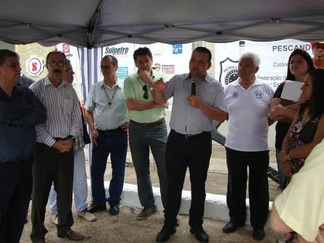 """Waldir Canal prestigia abertura oficial do projeto """"Pescando o Lixo"""" em Porto Alegre"""