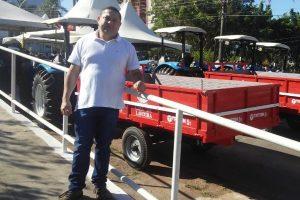 Wilson Tim participa da entrega de equipamentos ao município de Cacoal