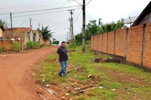Wilson Tim visita bairro de Cacoal e acompanha demanda de moradores