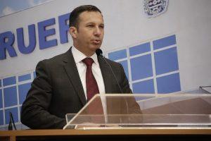 Lei de Wilson Zuffa propõe políticas de combate à violência nas escolas de Barueri