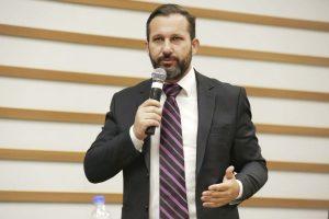 Wilson Zuffa propõe conscientização sobre a Síndrome Alcóolica Fetal em Barueri