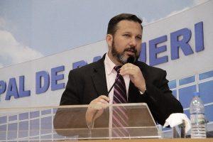 Wilson Zuffa pede implantação de faixa de retenção para motociclistas em Barueri (SP)