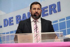 Wilson Zuffa quer implantação de creches noturnas em Barueri