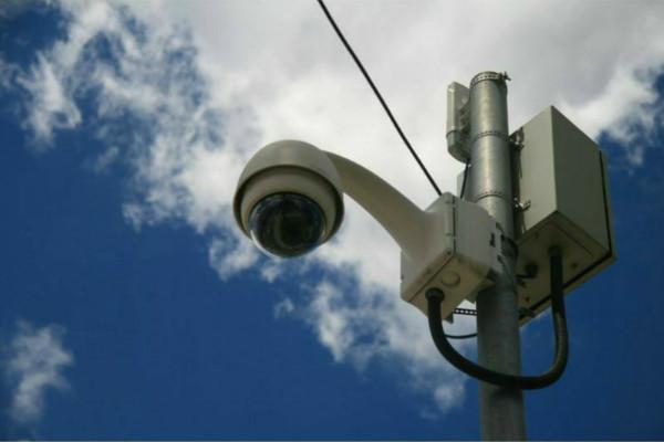 Prefeito Zé Biruta quer reativar monitoramento por câmeras em Ferraz de Vasconcelos