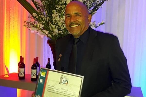 Vereador Zé Carlos é premiado pela 3ª com o Troféu Destaque do Sertão em Paulo Afonso