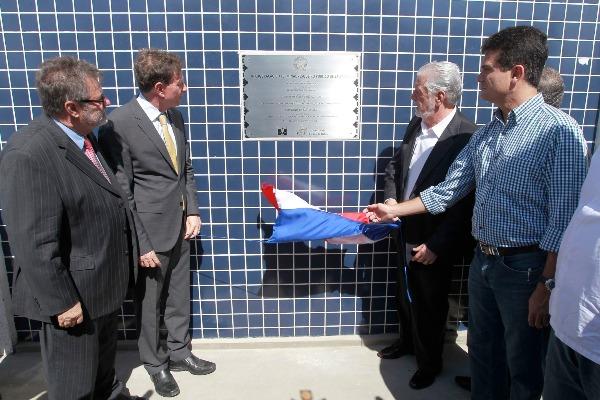 Crivella inaugura Terminal Pesqueiro na Bahia