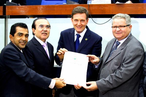 Ministro recebe o Título de Cidadão Belenense