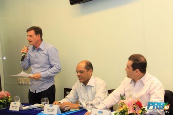 Evento do PRB-RJ reúne Crivella e senador Eduardo Lopes