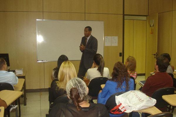 Aula de assistência jurídica em Brasília