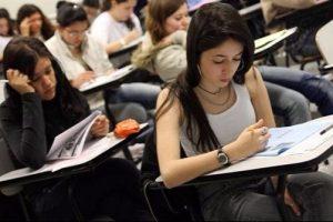 Vitor Paulo comenta regulamentação de cotas sociais para alunos de escola pública