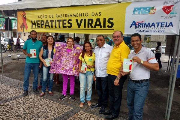 Ação de Rastreamento de Hepatites Virais orienta sobre diagnóstico em Feira de Santana