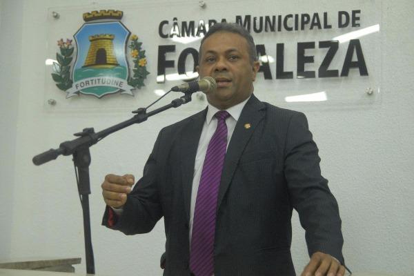 Vereador Evaldo Costa faz balanço de seis meses de mandato em Fortaleza (CE)
