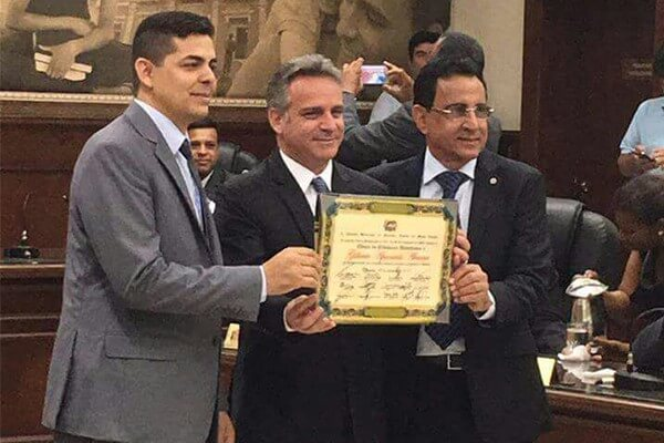 Gilberto Abramo recebe Título de Cidadão Honorário de Uberaba