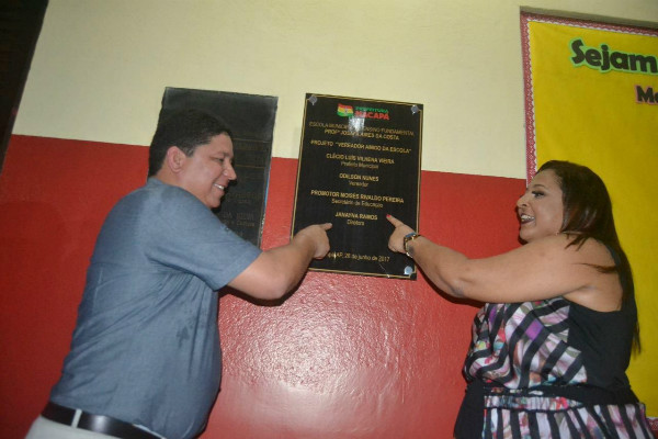 Vereador Odilson Nunes entrega escola reformada com recursos próprios em Macapá (AP)