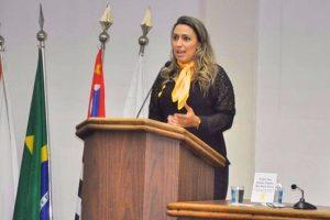 Priscila Sampaio promove ações de combate ao suicídio em Taboão da Serra (SP)