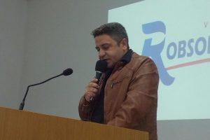 Robson Magela pede que prefeitura ajude associação de pessoa com deficiência de Araxá