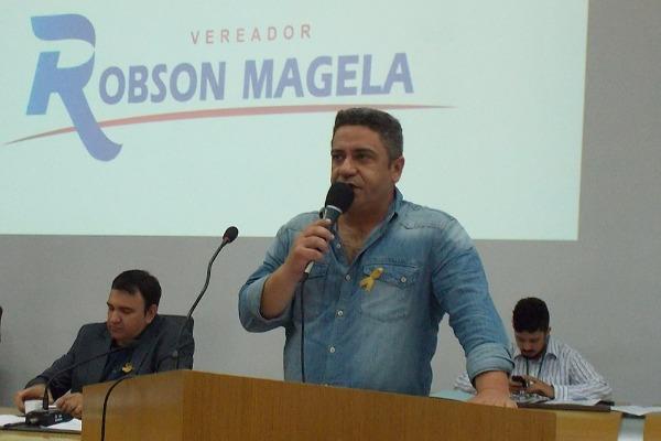 Robson Magela cobra providências da prefeitura sobre lixão em Araxá (MG)