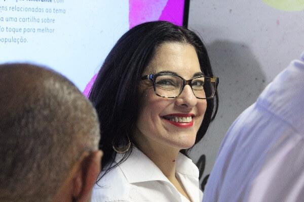 Rogéria Santos defende mês de prevenção e combate ao câncer de Mama em Salvador