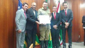 Vereador Rogério Cruz presta homenagem aos bombeiros militares de Goiânia (GO)