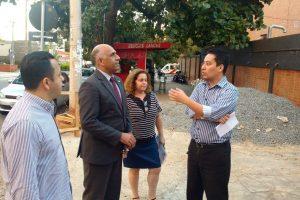 Em visita a hospital em Goiânia Rogério da Cruz confirma apoio às obras no local