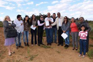Sidney Oliveira apresenta terreno para construção de zoonose em Vitória da Conquista (BA)