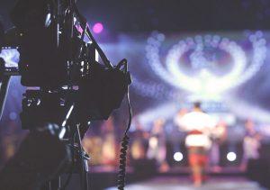 Apresentadores de rádio e TV devem se afastar a partir do dia 11 de agosto