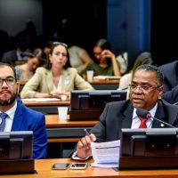 Marinho solicita que MP estenda prazo de incentivo fiscal ao setor automotivo