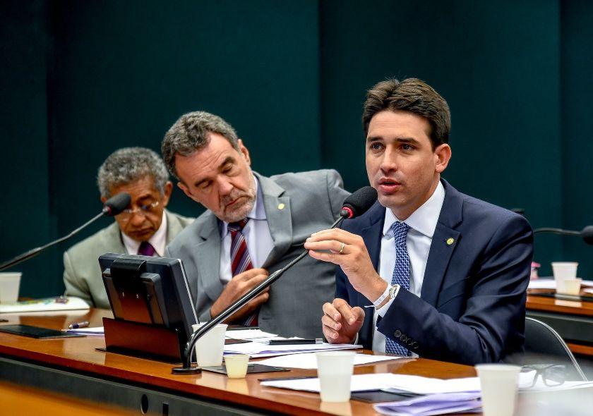 """""""Precisamos avançar nas reformas que o país precisa"""", diz Silvio Costa Filho"""